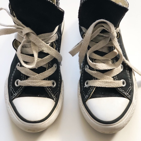 8c8e458c7696 Preloved Toddler Converse High Tops